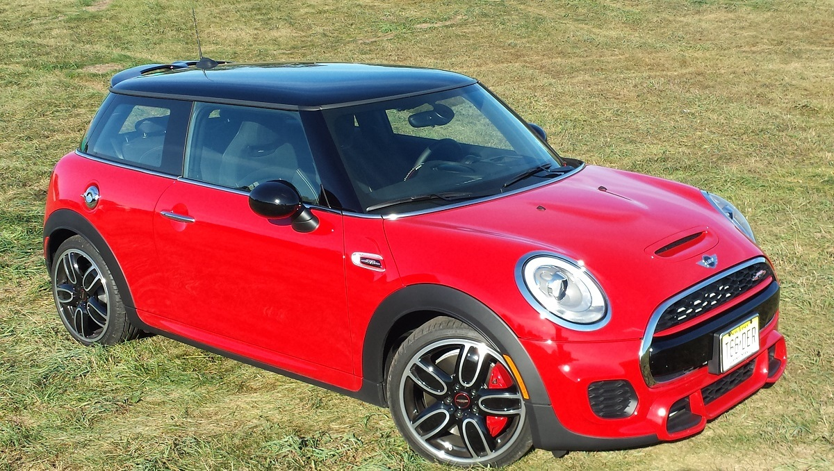 REVIEW: 2015 MINI John Cooper Works Hardtop Delivers On Every ...