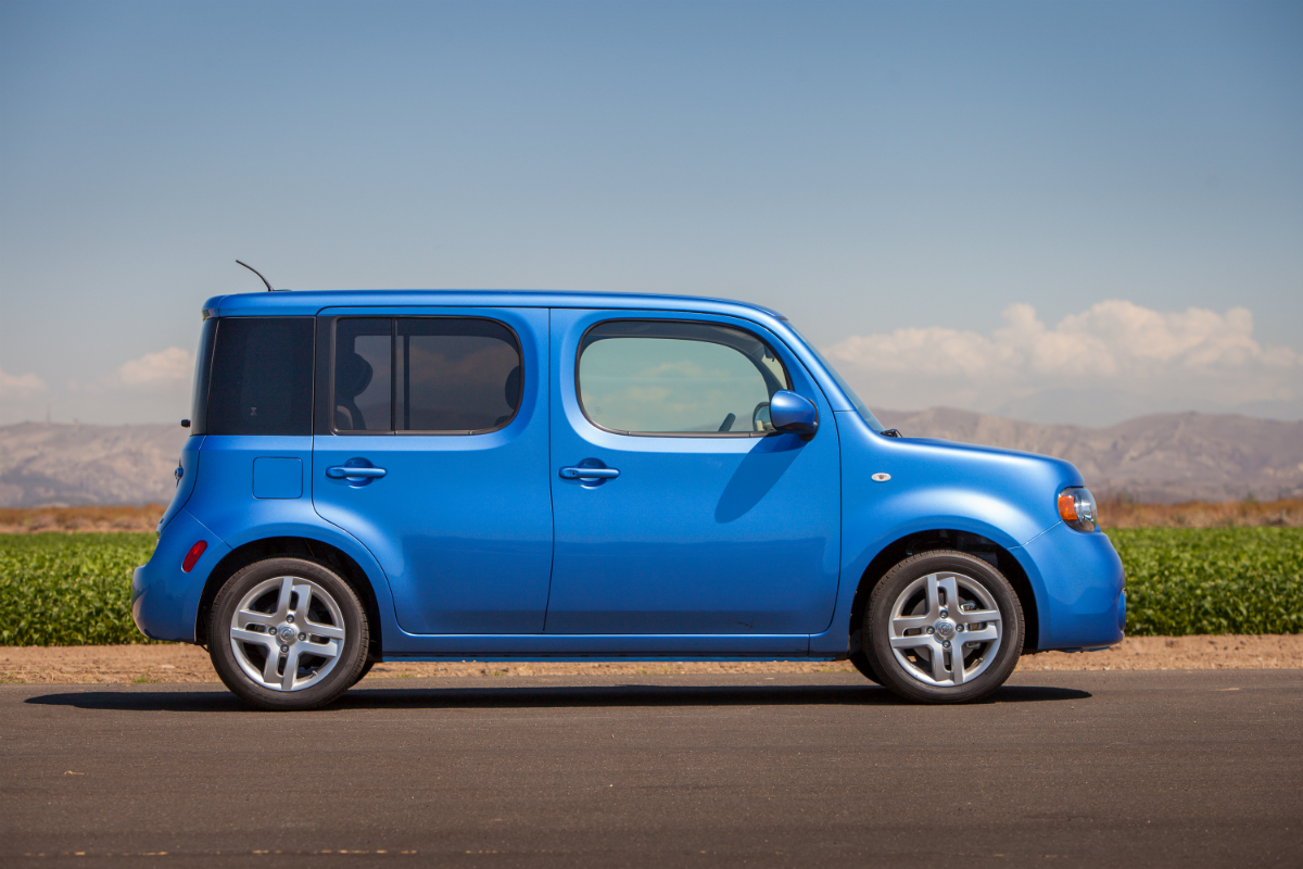 2014 Nissan cube press photo 03