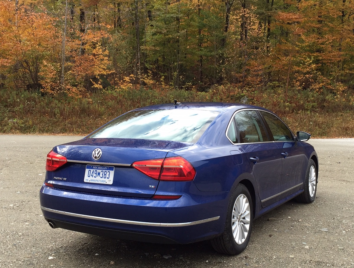 2016 VW Passat Rear