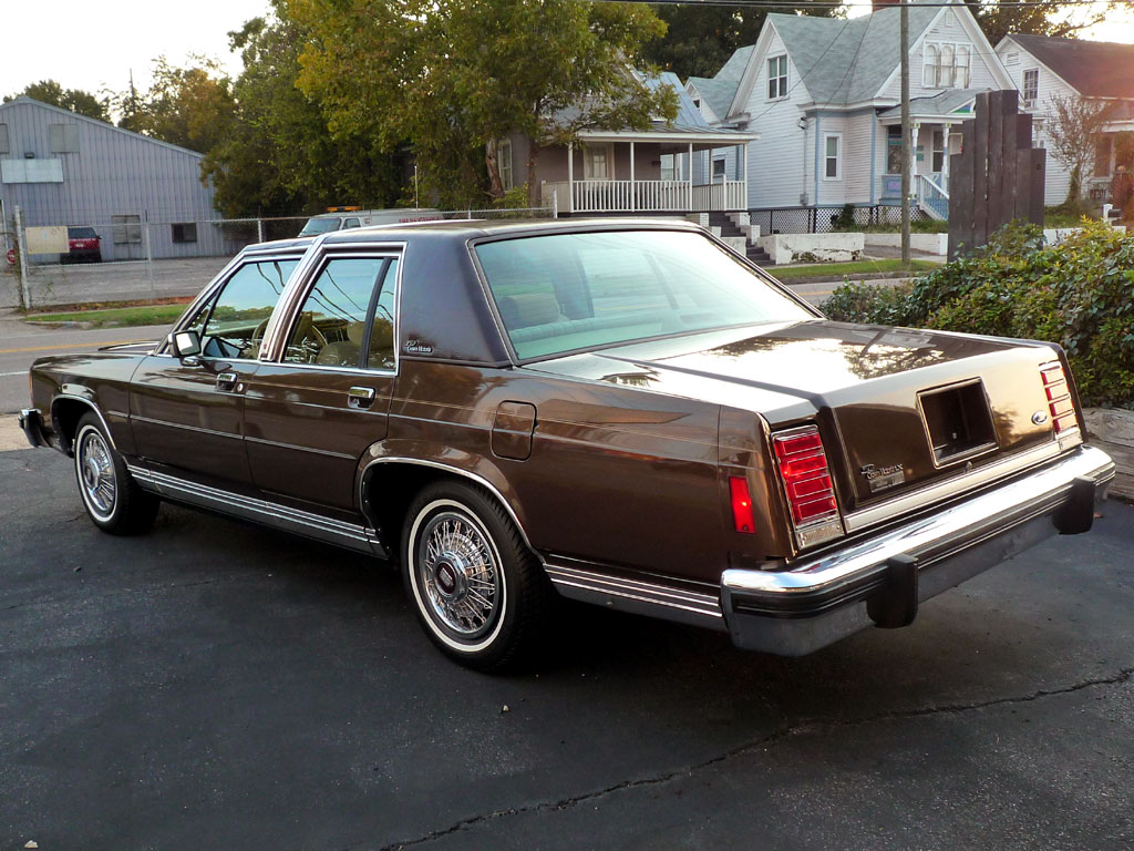 Nurture Your Inner Grandpa The Worlds Nicest 1986 Ford Crown Vic 1980 Victoria Taxi 3