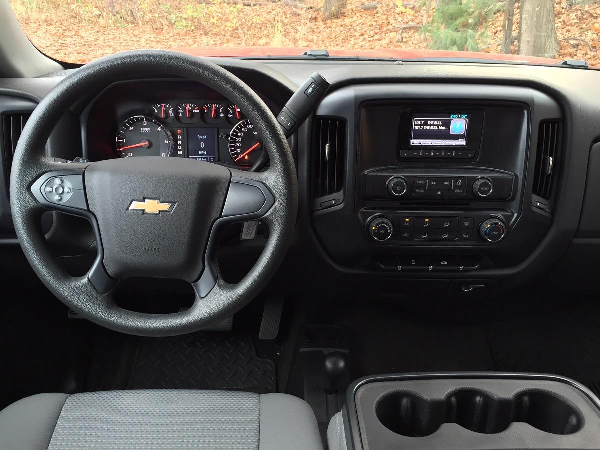 2017 Chevrolet Silverado Dash