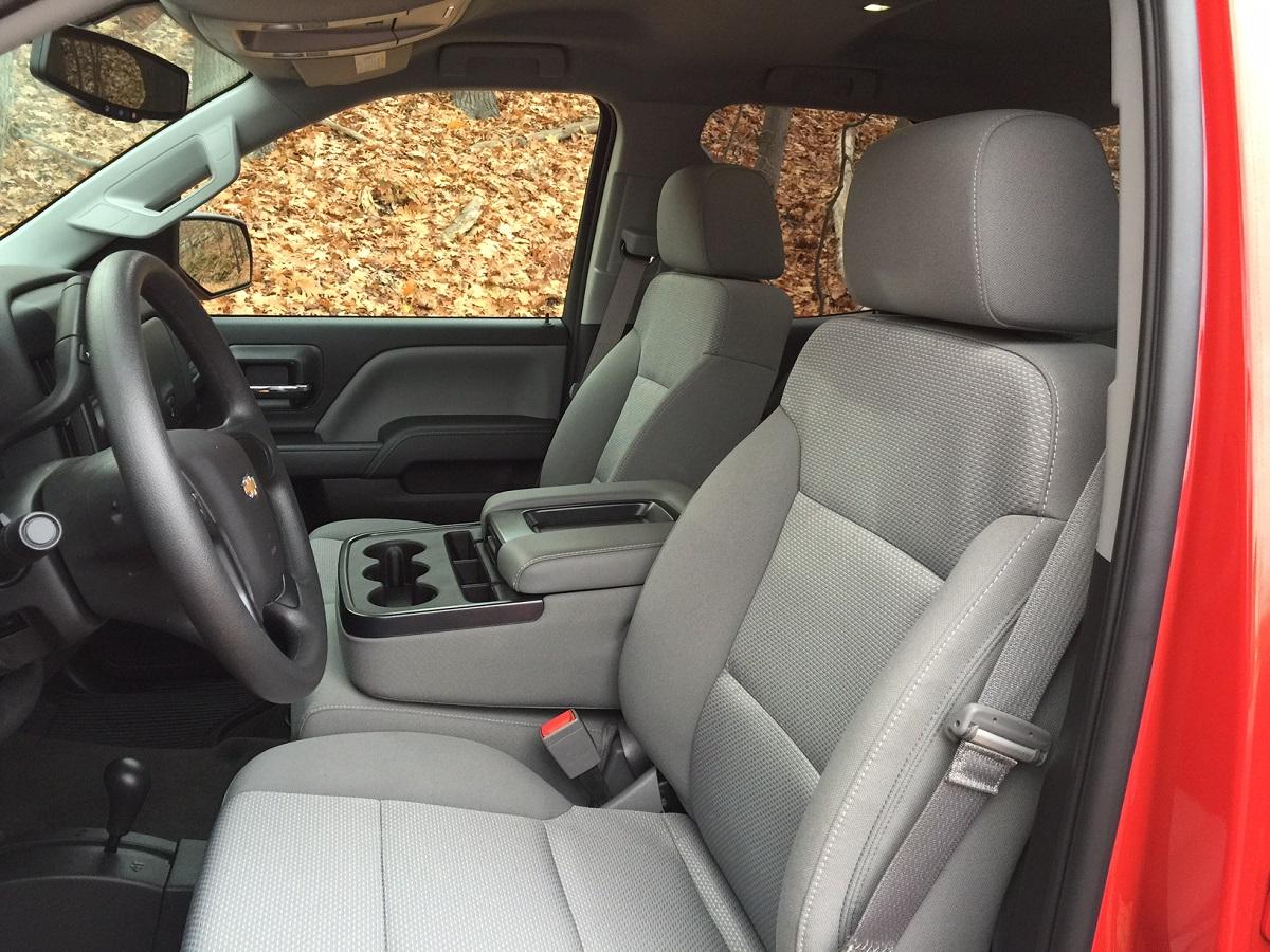 2015 Chevrolet Silverado Front Seats