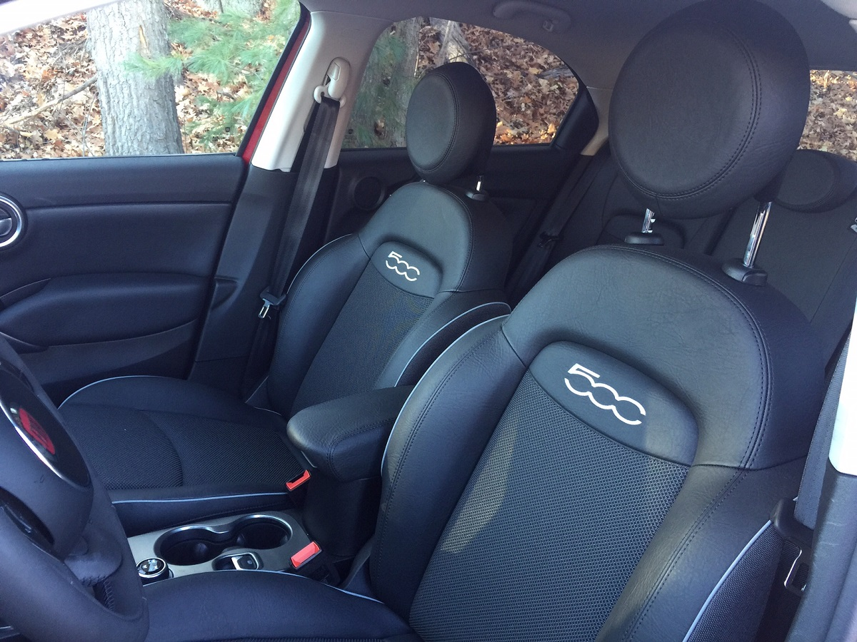 2016 Fiat 500X Front Seats