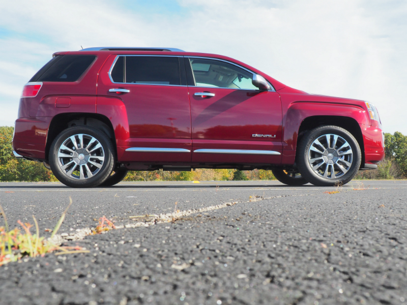 review 2016 gmc terrain denali a great luxury kid hauler bestride. Black Bedroom Furniture Sets. Home Design Ideas