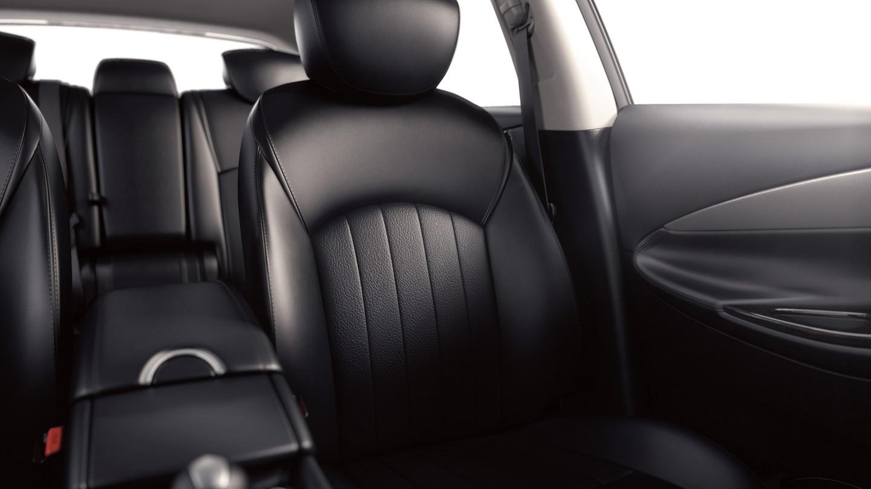 QX50 seats