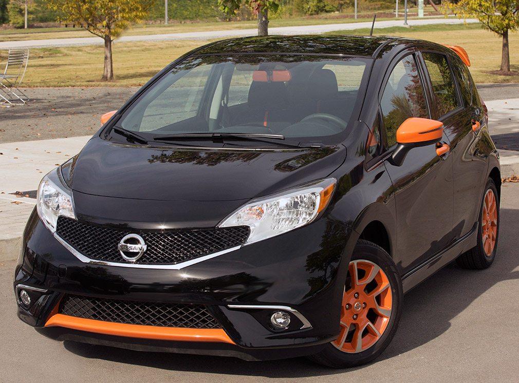nissan_versa_note_color_studio_02