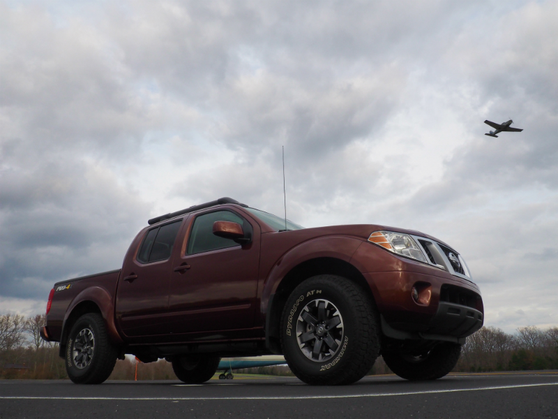 2016 Nissan Frontier PRO-4X Photo Shoot 008