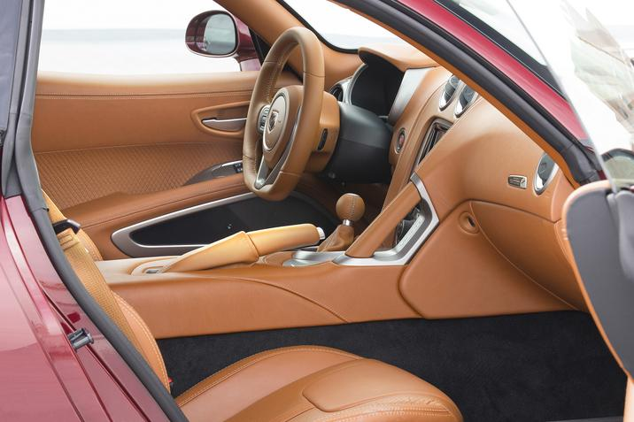 Dodge SRT Viper Interior