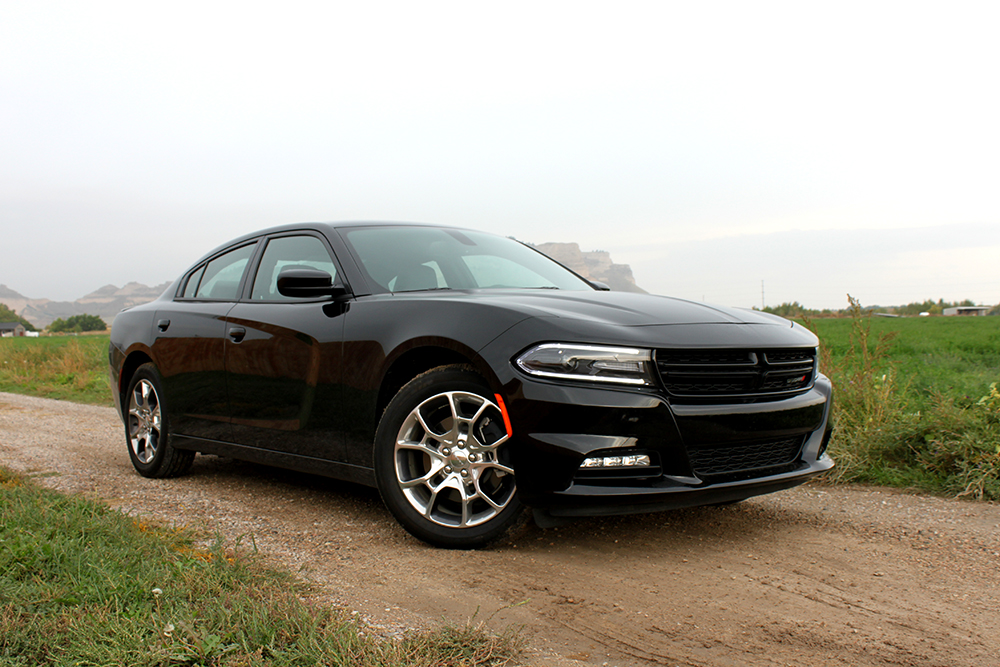Dodge Charger Sxt Rallye >> 2015 Dodge Charger Rallye AWD Plus Review | BestRide