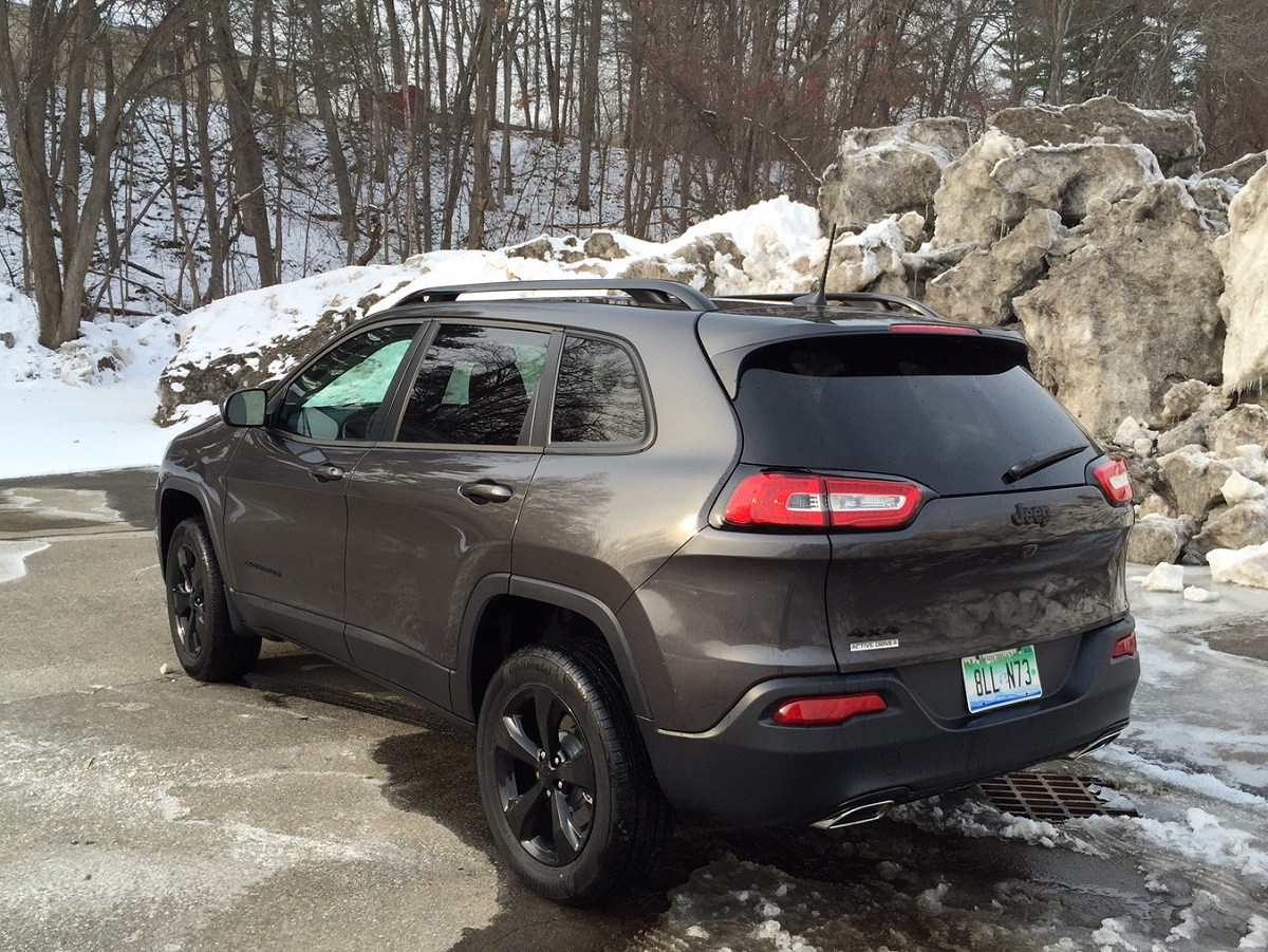 2016 Jeep Cherokee Latitude Rear
