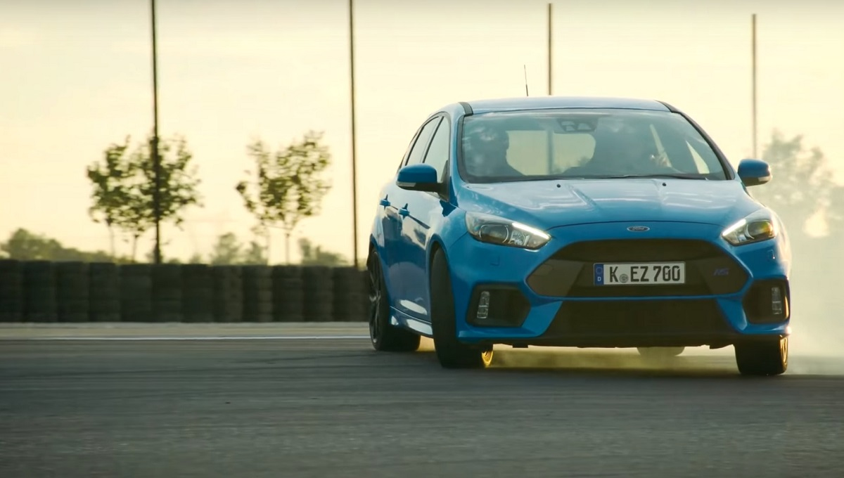 Ford Focus RS Sideways