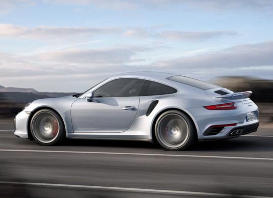 NAIAS 2016 - Porsche 911 Turbo and Turbo S 2