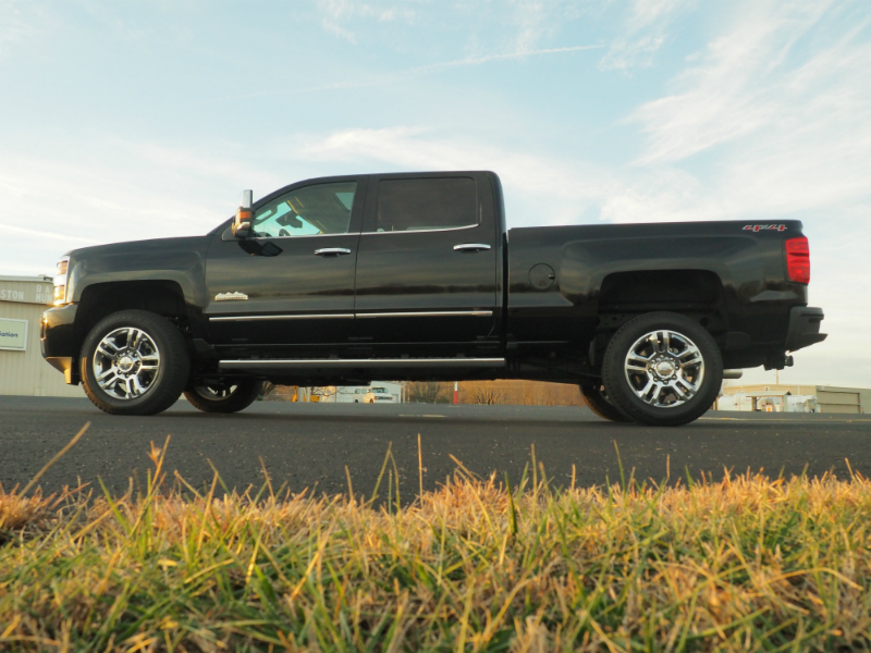 2016 Chevrolet Silverado 2500HD Duramax Photo Shoot 002