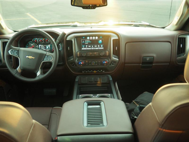 2016 Chevrolet Silverado 2500HD Duramax Photo Shoot 005