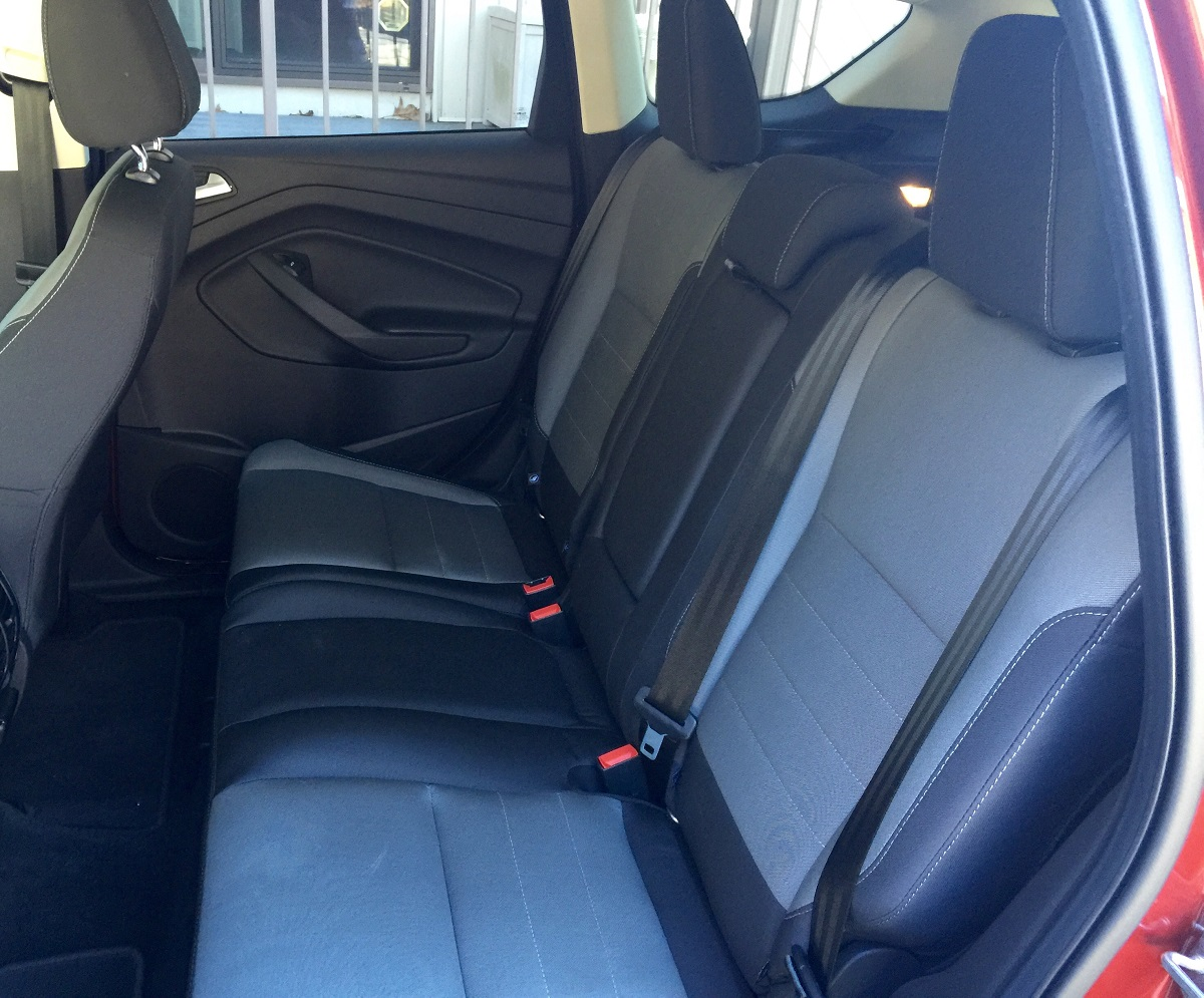 2016 Ford Escape SE FWD Rear Seats
