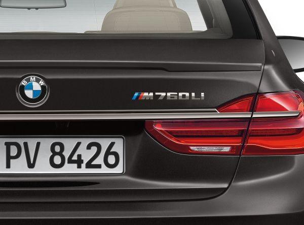 2017 BMW M760i xDrive Rear Badging