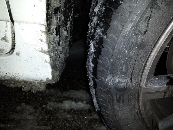 volvo damaged tire