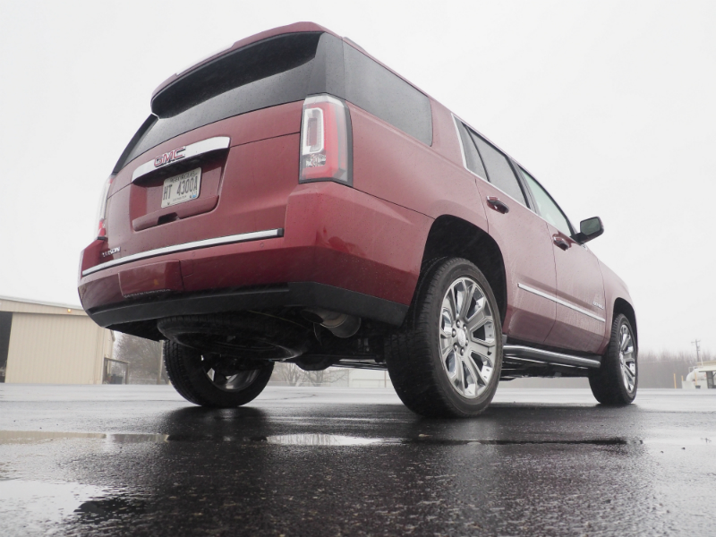 2016 GMC Yukon Denali Photo Shoot 010