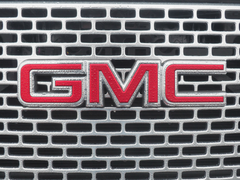 2016 GMC Yukon Denali Photo Shoot 011
