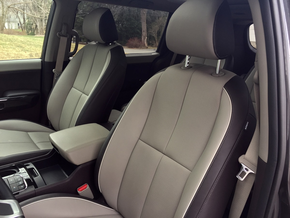 2016 Kia Sedona SXL Front Seats