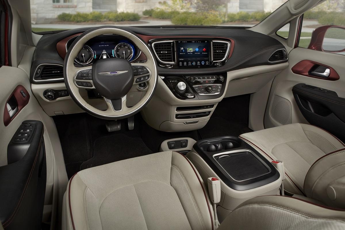 2017 Chrysler Pacifica Dash