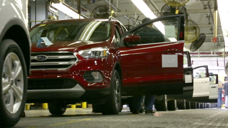 2017 Ford Escape Manufacturing Quality Press Photo 001