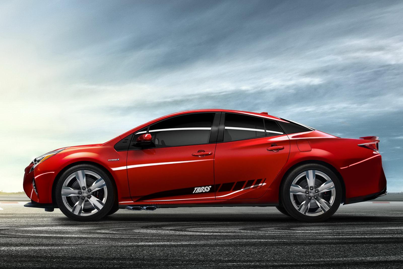 2017-Toyota-Prius-TRD-SS-Profile-Photo