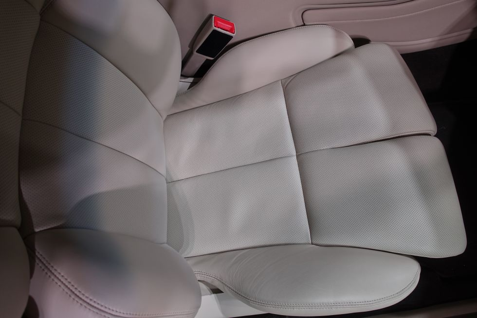 Lincoln Perfect Position Seat