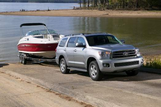 buyer 39 s guide best suvs for towing a boat bestride. Black Bedroom Furniture Sets. Home Design Ideas