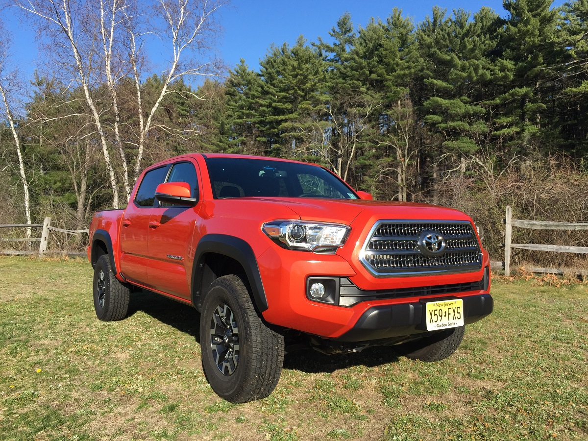 2016 toyota tacoma trd off road pictures to pin on pinterest pinsdaddy. Black Bedroom Furniture Sets. Home Design Ideas
