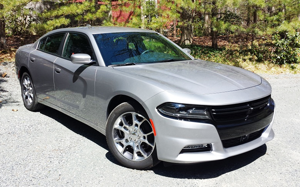 review 2016 dodge charger sxt premium awd bestride. Black Bedroom Furniture Sets. Home Design Ideas