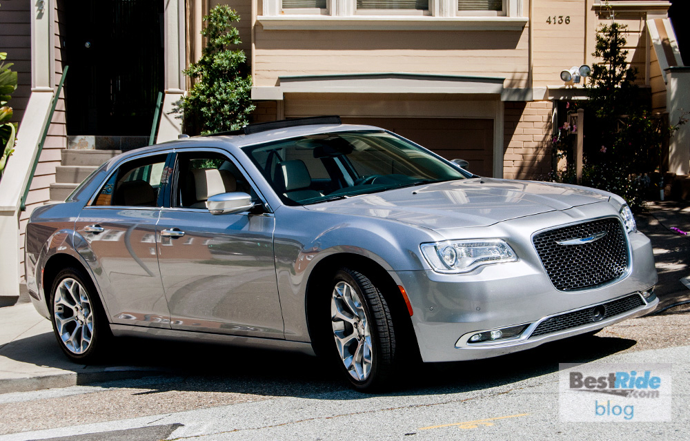 1 Chrysler 300c Limited Hemi 2016 25