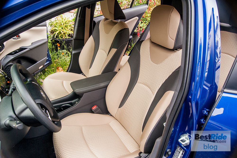 review 2016 toyota prius two eco the edgy hybrid. Black Bedroom Furniture Sets. Home Design Ideas