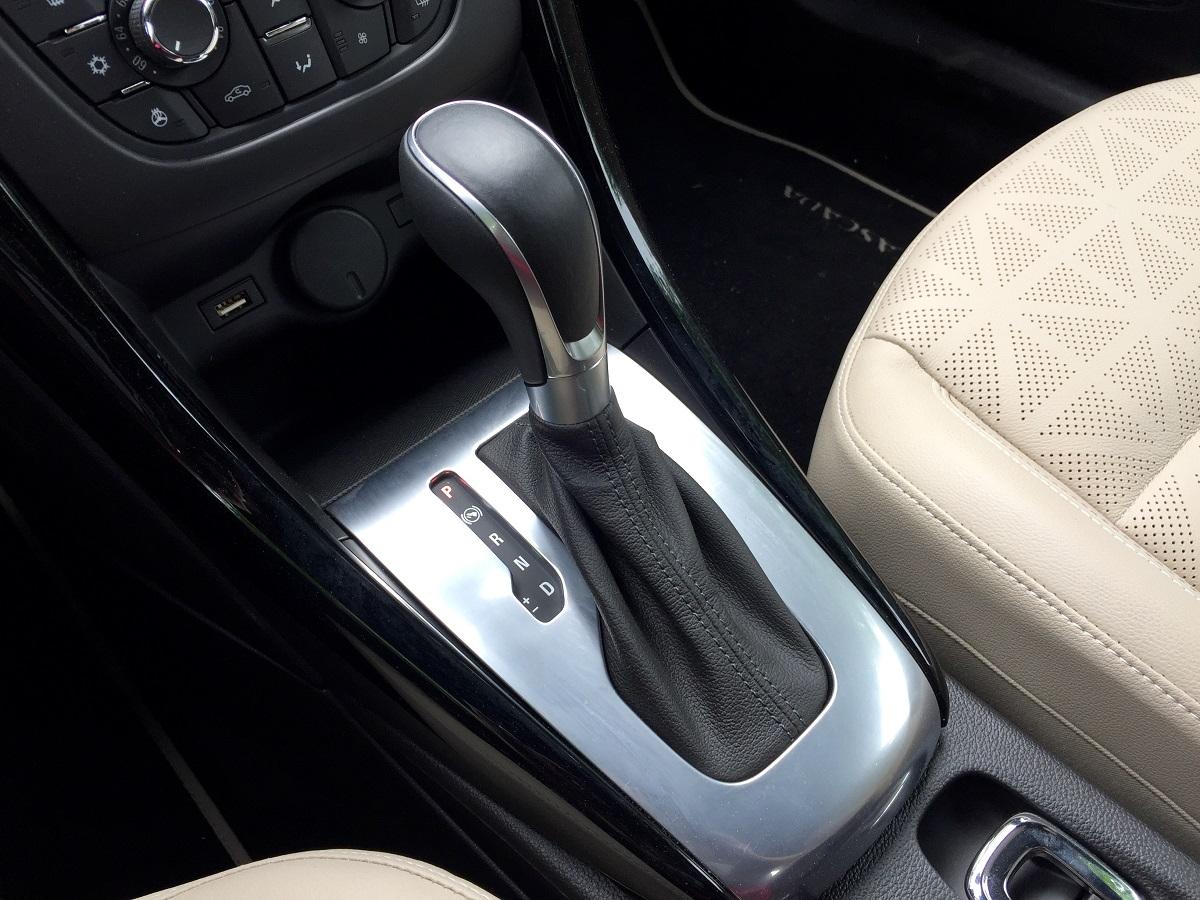 2016 Buick Cascada Shifter