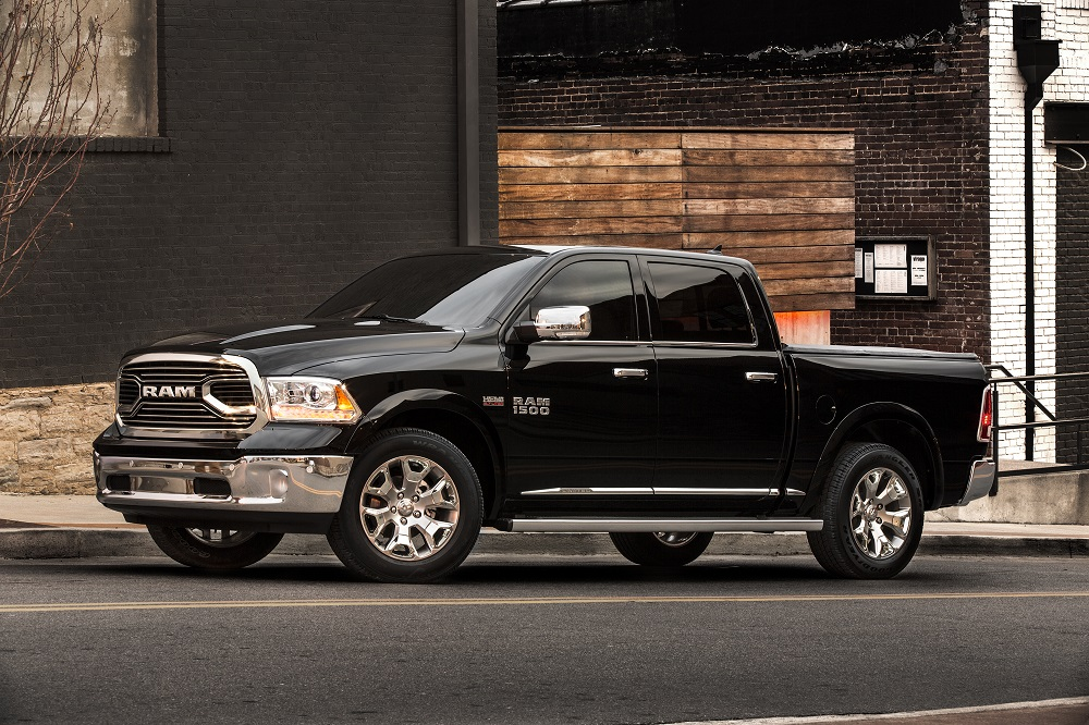 REVIEW: 2016 Ram 1500 EcoDiesel - The 27 MPG Full-Size Pickup | BestRide