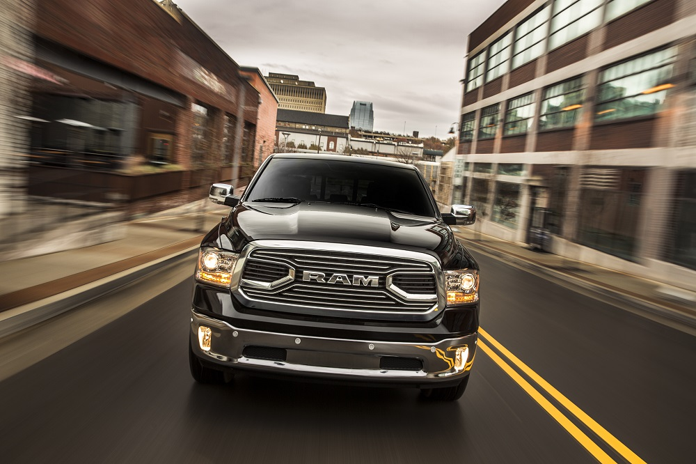 Review 2016 Ram 1500 Ecodiesel The 27 Mpg Full Size Pickup Bestride