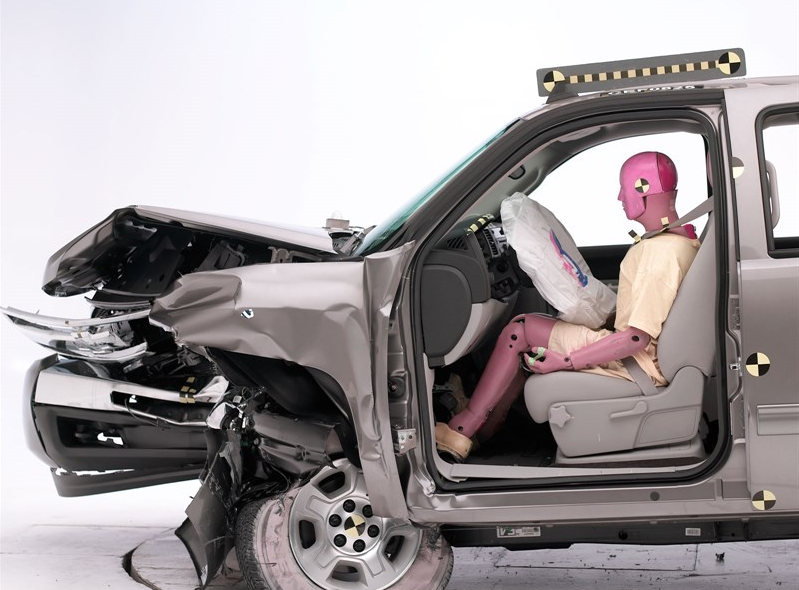 sierra 2011 crash test IIHS