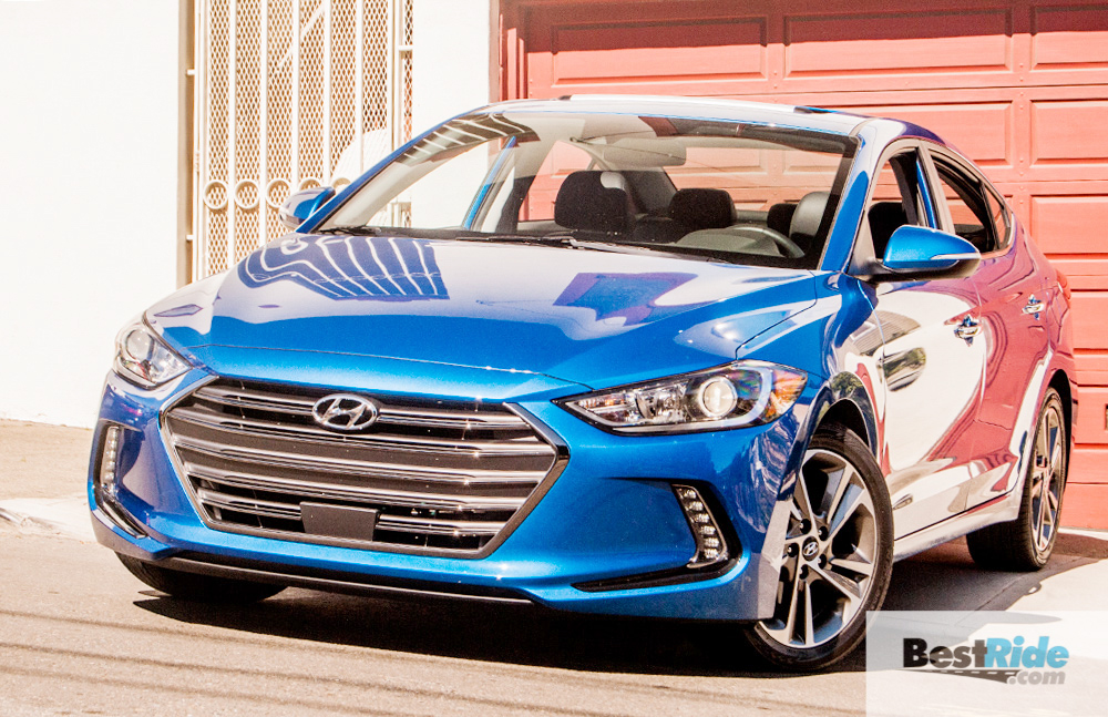 2017_hyundai_elantra_limited_sedan-24