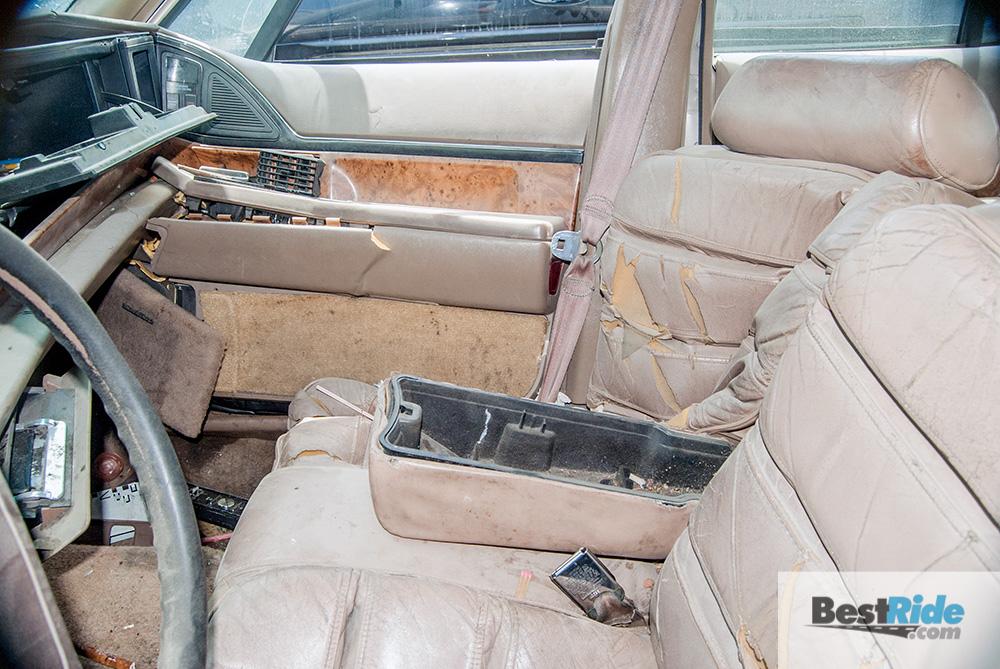 buick_lesabre_junkyard_crash