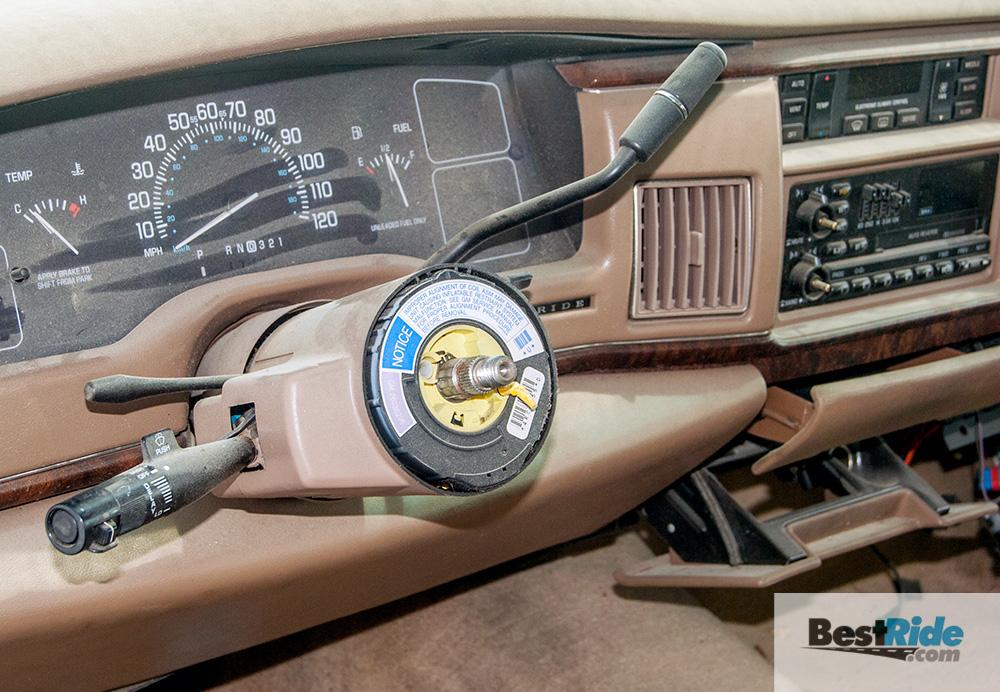 buick_roadmaster_wagon_junkyard_1-3