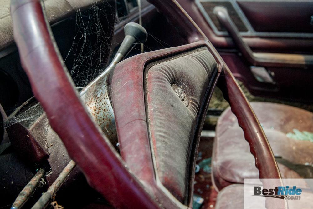 chrysler_cordoba_1977_junkyard-5