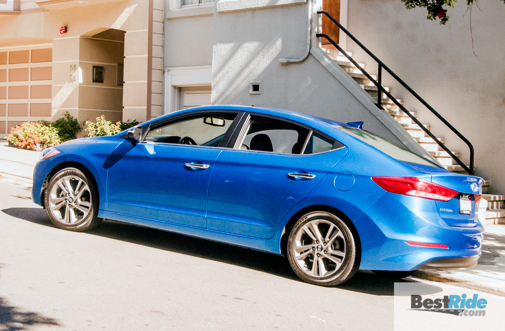 hyundai_elantra_limited_sedan-9
