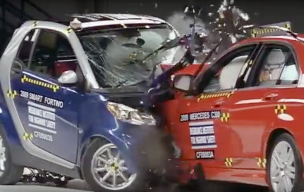 iihs_crash_test_1