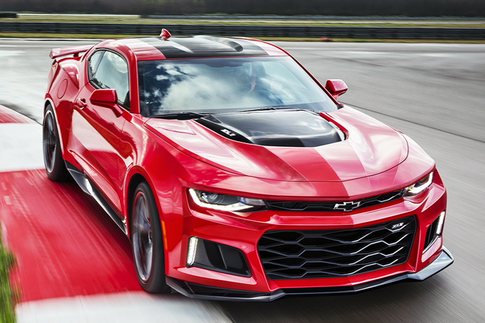 preview 2017 chevrolet camaro zl1 3 5 seconds to 60 mph cheaper than a hellcat bestride. Black Bedroom Furniture Sets. Home Design Ideas