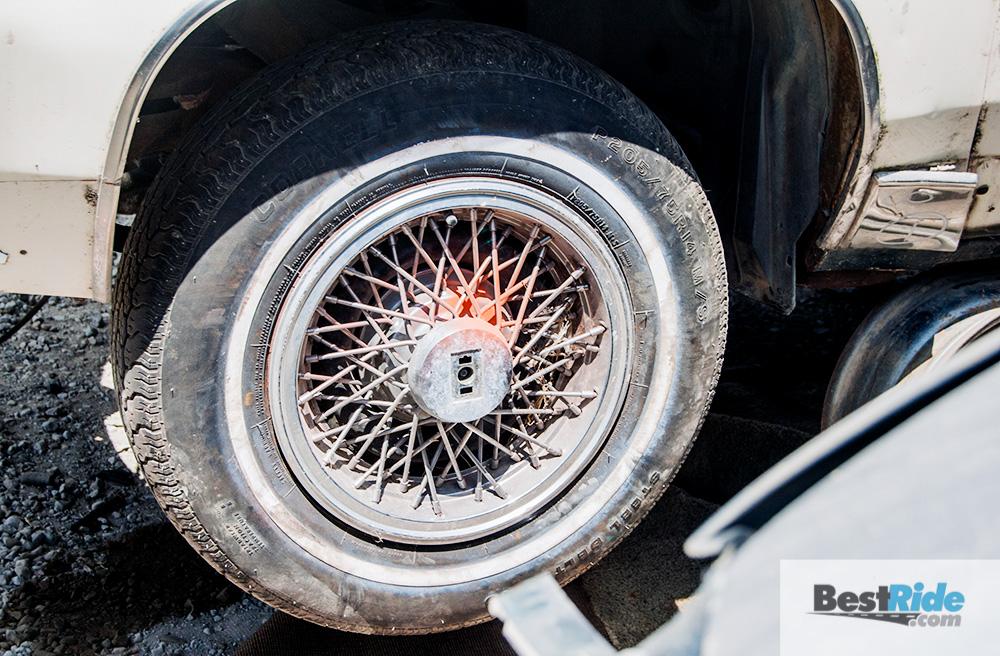 oldsmobile_cutlass_junkyard