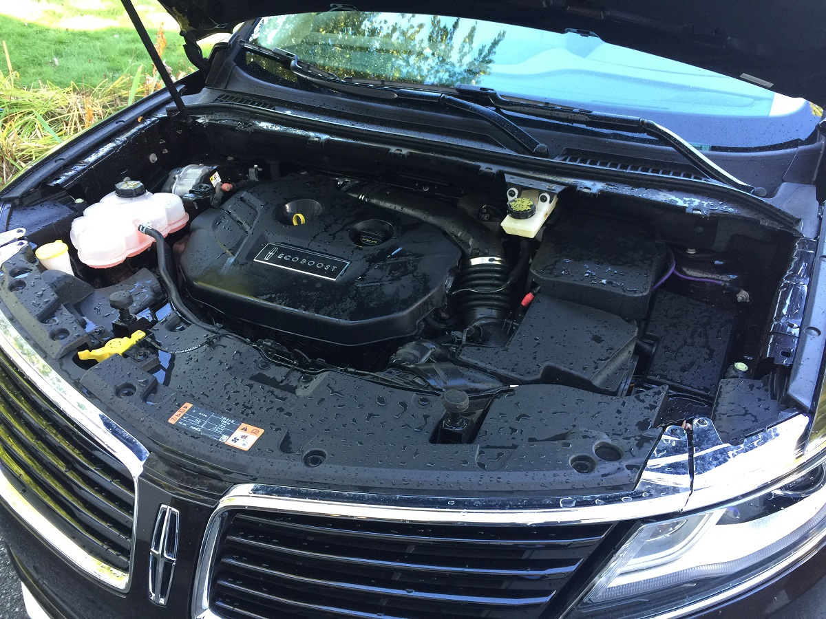 2016-lincoln-mkc-black-label-engine