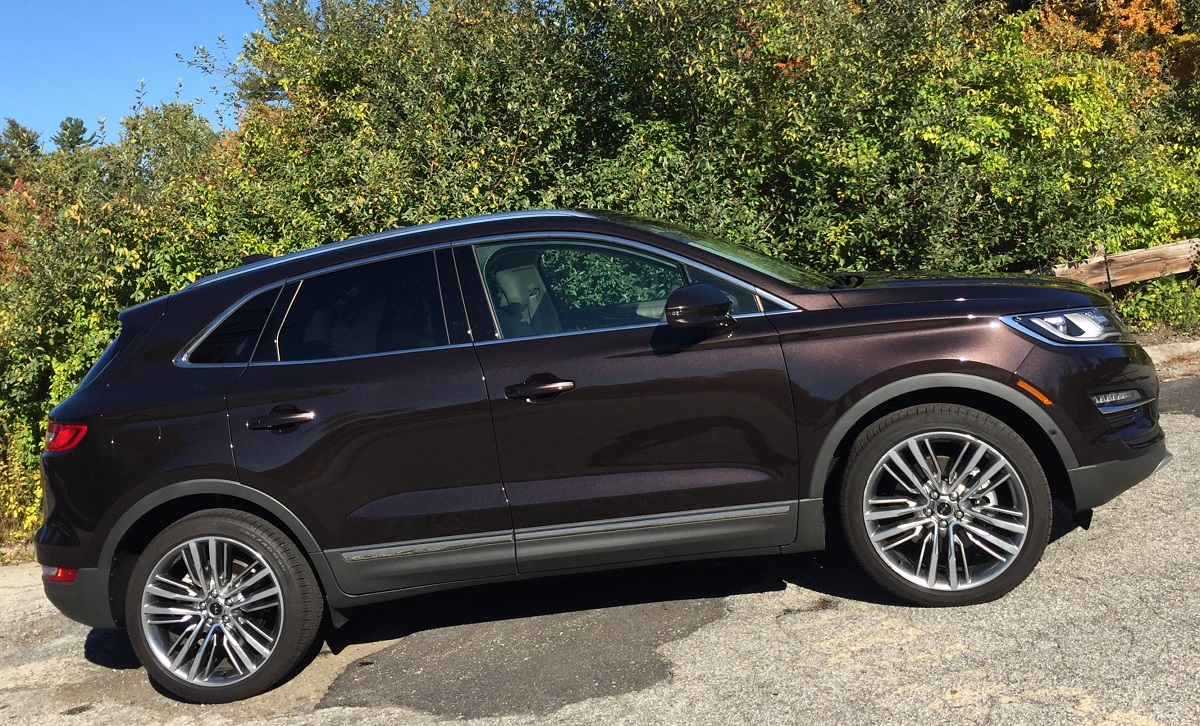 2016-lincoln-mkc-black-label