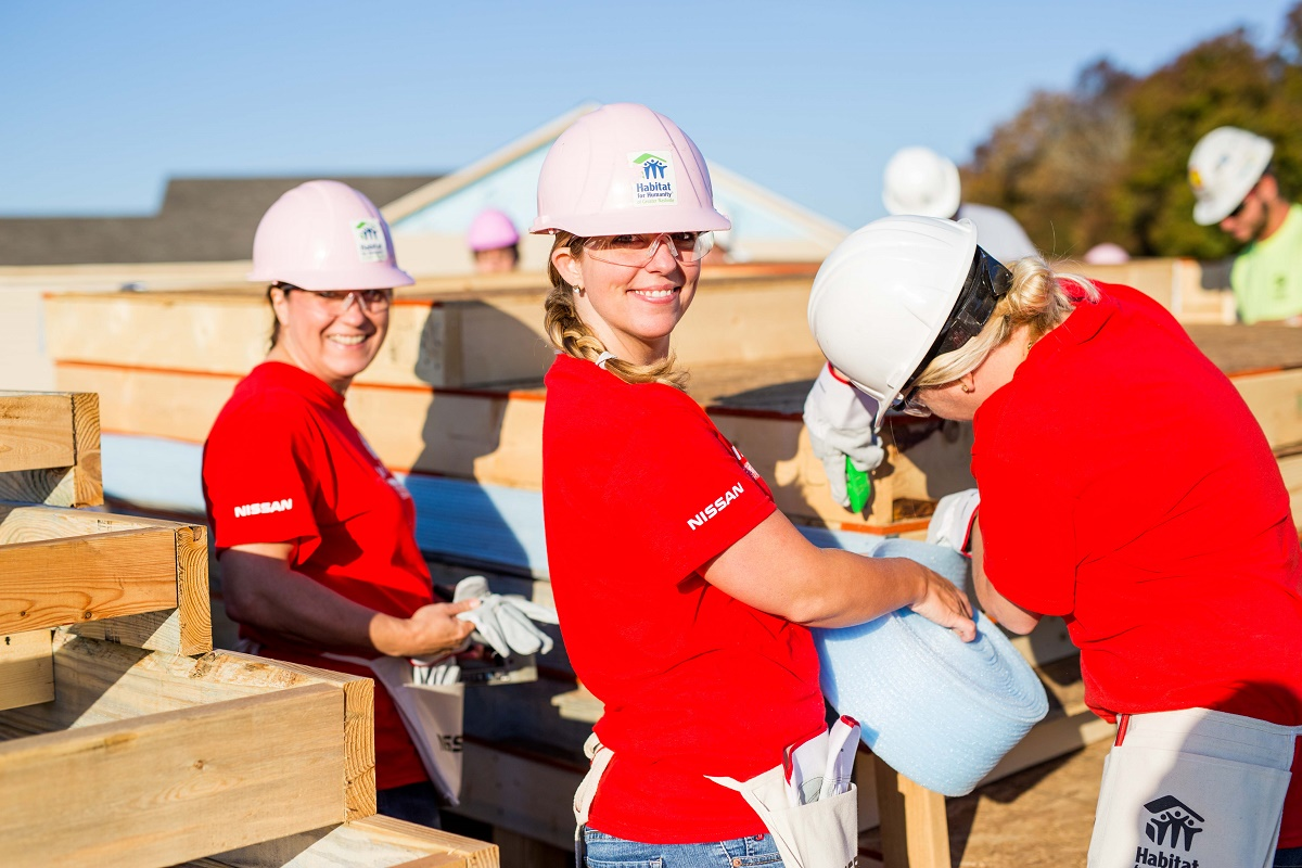 nissan-habitat-for-humanity-build