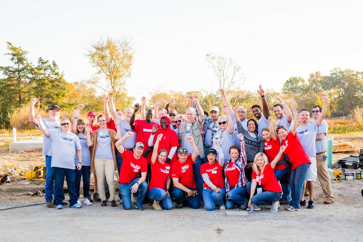 nissan-habitat-for-humanity-crew