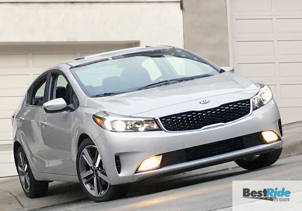 review 2017 kia forte ex compact parity bestride. Black Bedroom Furniture Sets. Home Design Ideas